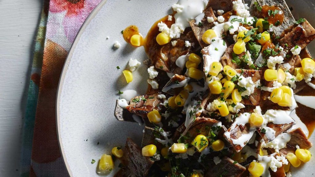 Chilaquiles con Elote